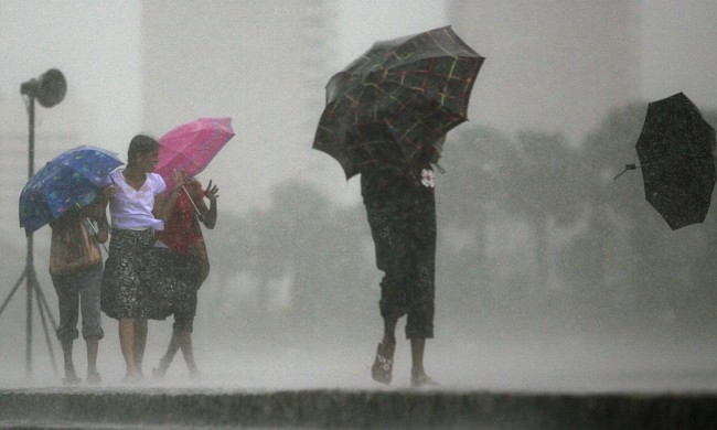 A warming Indian Ocean can spell drastic weather fluctuations for Sri Lanka. Image credit newsinfo.inquirer.net