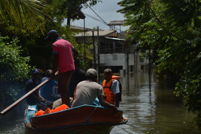 May 19, 2016: families were forced to leave their homes to escape the floods, only to return to homes that had been damaged, or in some cases destroyed. Image credit: Roar.lk/Thiva Arunagirinathan